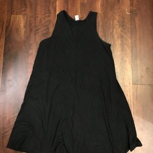Old Navy black to swing dress size petite small